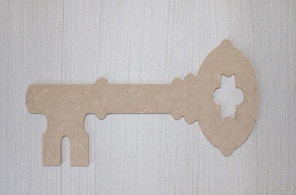 1141 Sleutel, mdf, b: 30 cm.