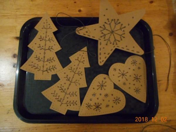 Faux Leather kerst decoraties met Diam's 3D verf